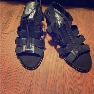 A2 modest heels